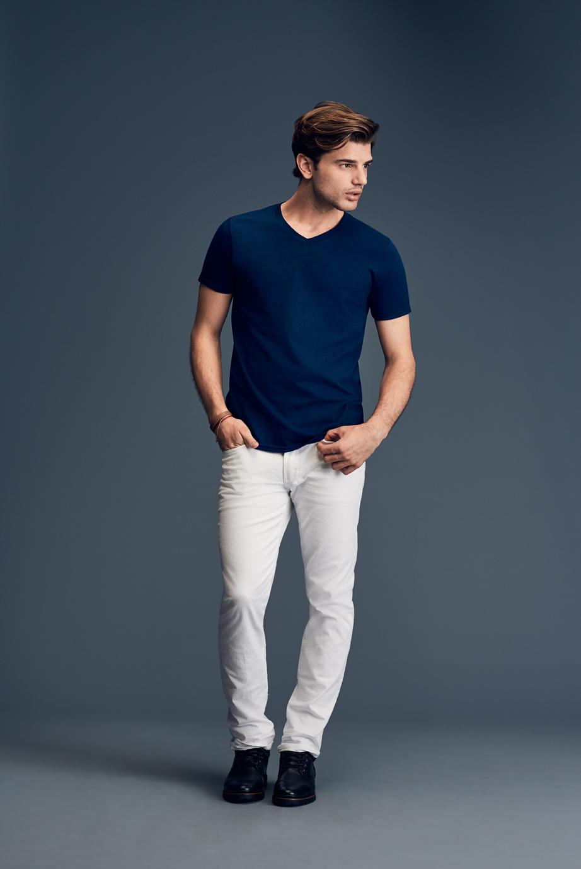 T-shirt Fashion Basic V-Neck Tee ANVIL